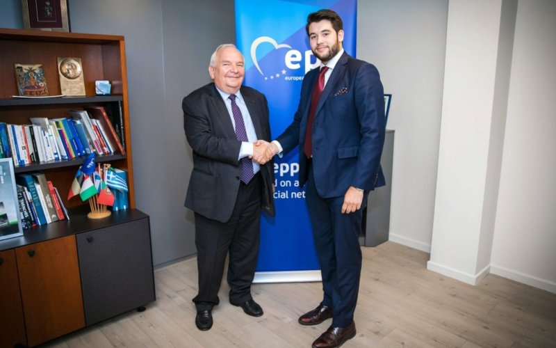 Newly elected EDS leadership meets EPP chairs